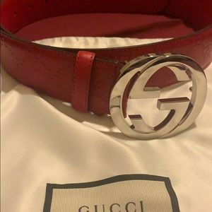 Red Double G Gucci belt